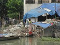 wonen in de Sadarghat haven te Dhaka