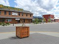 straatbeeld in Whitehorse, Alaska Hwy