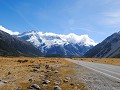 De weg naar Mount Cook Village. Wow.